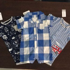 NWT- BUNDLE-Boys Carter's rompers size 18 months